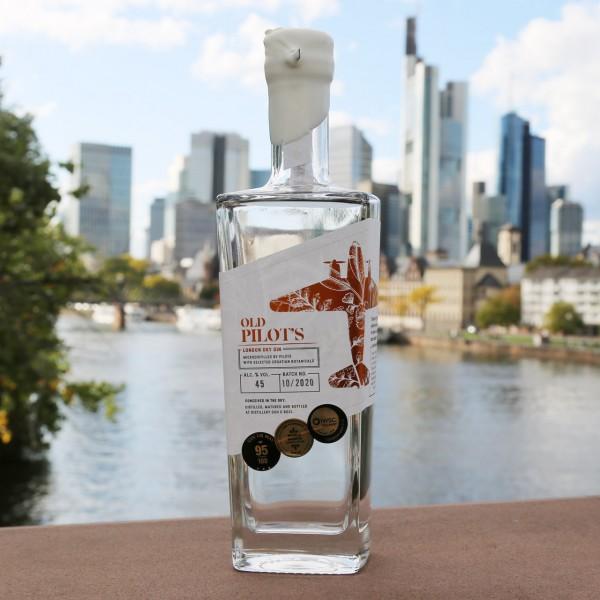 Old Pilot's Gin - Duh u boci - London Dry Gin (0,7 l)